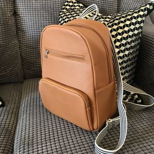 Thirty One Back Pack (NEW) -REPOST-